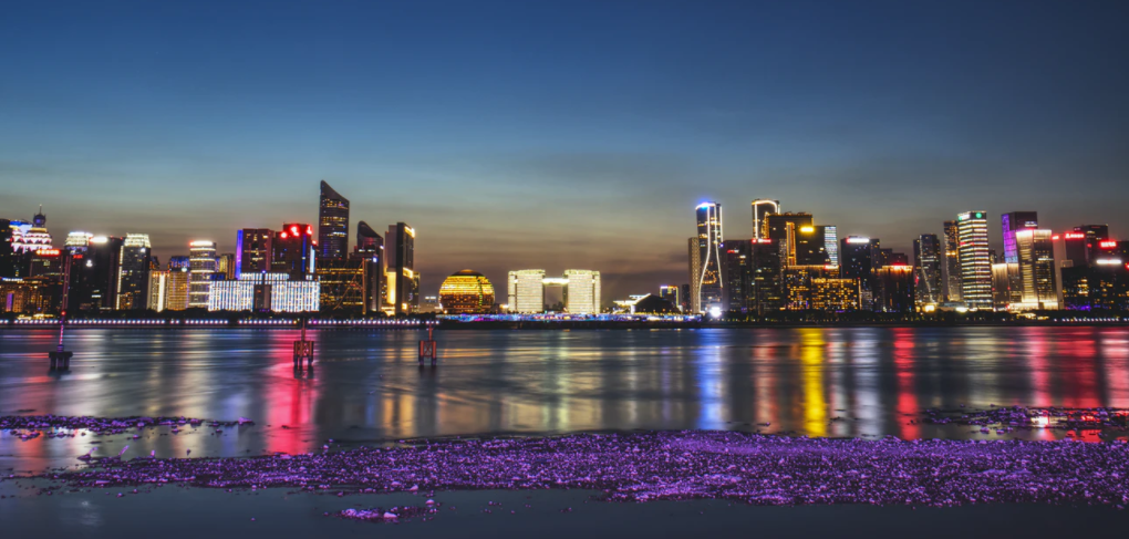 王健林:一线城市房价20年内一定不断上涨